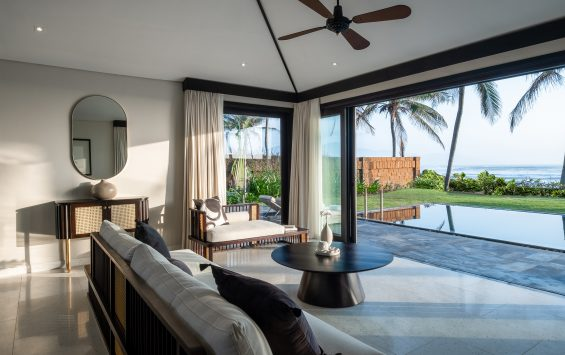 Three Bedroom Pool Villa (Ocean Front) - Living Area